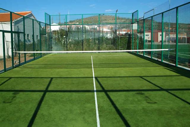 Le padel d barque au tcgf tcgftcgf for Longueur terrain de tennis